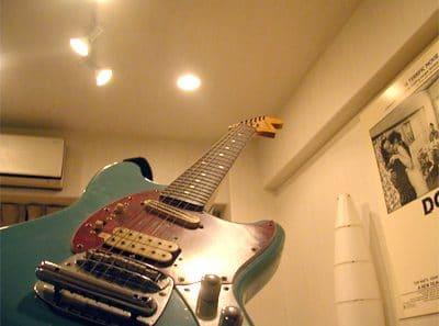 Nirvana カート・コバーンのギター Fender ムスタングを真似て改造してみた