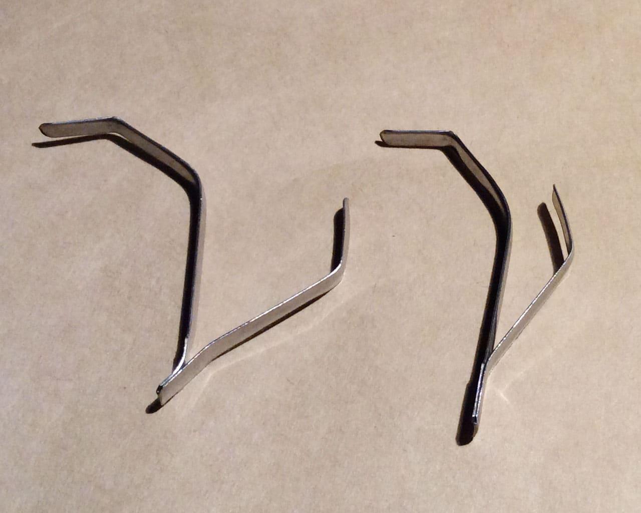急須スキッターの曲げ加減(左側)