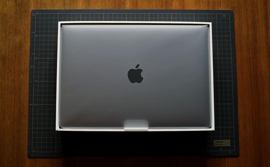 MacBook Air(M1, 2020)の本体